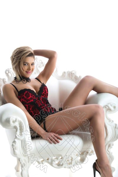 Aline Hot  girl CIVITANOVA MARCHE 3338205301