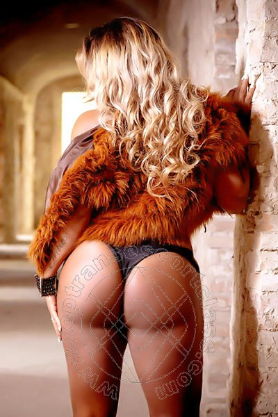 Carolina Hot  transescort MARINA DI MONTEMARCIANO 3278147101