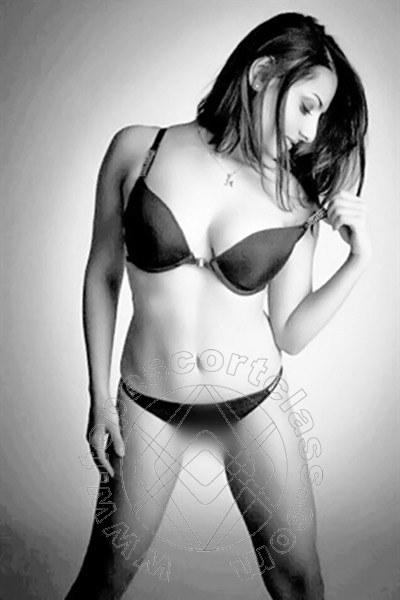 Alicia New  escort FRANCOFORTE 004915175245936