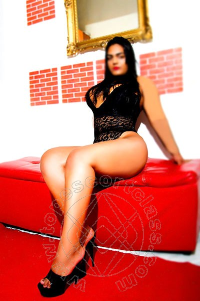 Pietra  escort ROMA 3273399469