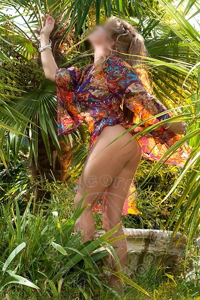 Sandy Bella  escort GIARDINI-NAXOS 3279304765