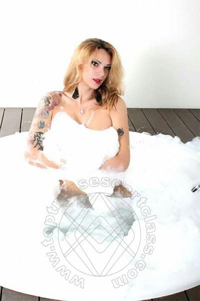 Daniellealbuquerque  VITERBO 3892928958